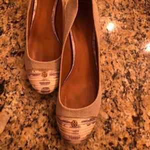 Tory Burch with Minor Defects👀